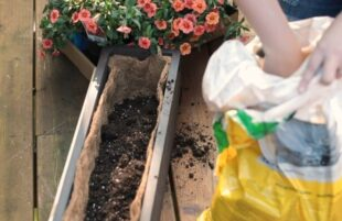 INSPO: The Handyman's Daughter - Deck Railing Planters - 30 Sec Promo